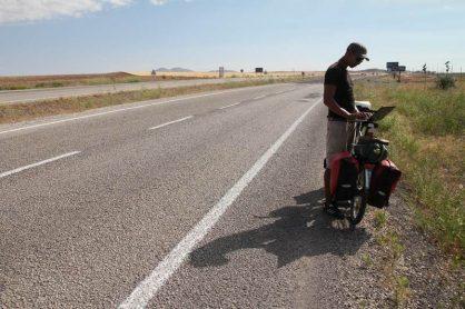 Bye Bye Büro – Wie ich mit dem Fahrrad von Berlin nach Indien radelte und das Geschäft trotzdem weiter lief